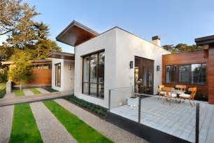 Green Homes Designs Modern Green Home Design Ideas With Pool And Mini Golf
