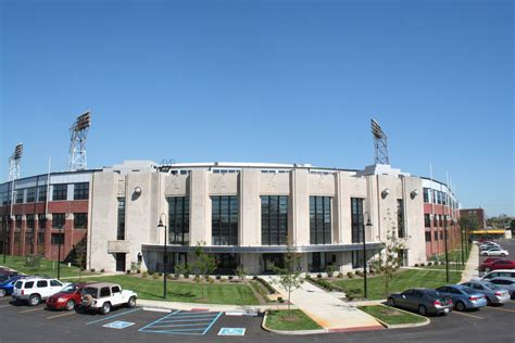 find an apartment in downtown indy stadium lofts flats rentals indianapolis in