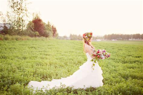 poppy field bridal shoot green wedding shoes weddings