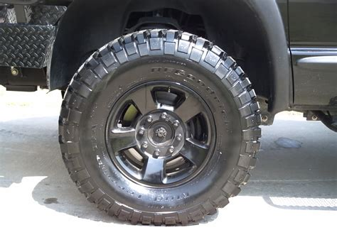 spray paint rims black should i paint my alloy wheels black dodge diesel