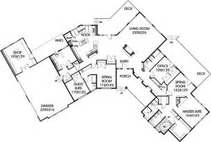 Rambler Style Homes house plan 99721 at familyhomeplans com