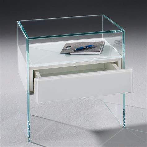 glas nachttisch dreieck design