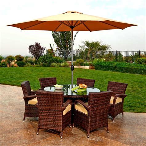 Outdoor Patio Dining Sets With Umbrella Best 25 Outdoor Entertainment Area Ideas On Pinterest Entertainment Area Backyard Kitchen
