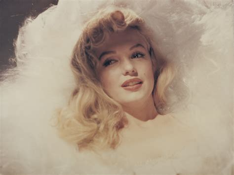 auctioned rare marilyn monroe photos 100 never before seen photos of marilyn monroe are hitting