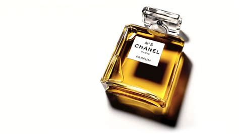 Parfum N5 Chanel getting to the oldest fragrances on the market osmoz