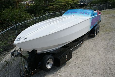 apache boats apache powerboats performance boat for sale from usa
