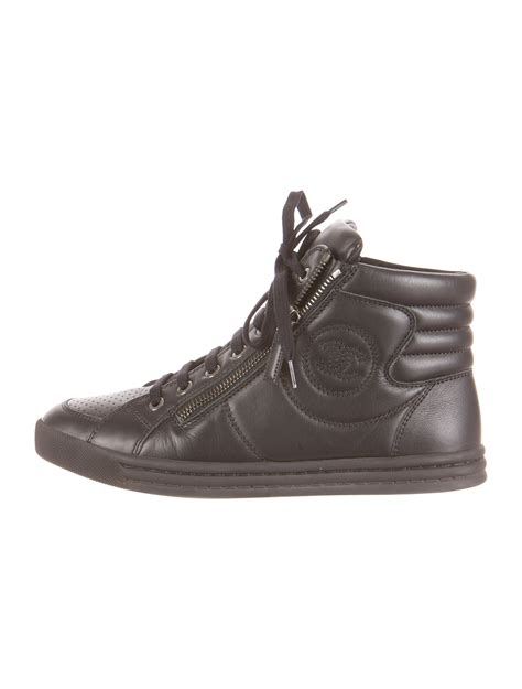 chanel mens sneakers chanel sneakers shoes cha80753 the realreal