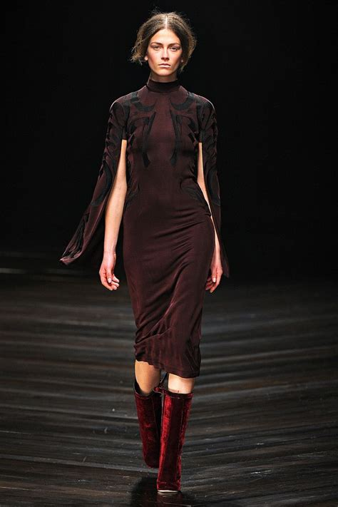 Fashion Week Fall 2007 Marios Schwab by 400 Best Images About On Rembrandt