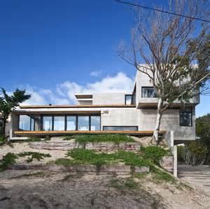 maintenance house low maintenance concrete beach house modern house designs