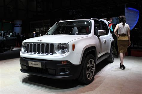 New Jeep 2015 2015 Jeep Renegade Is The New Baby Jeep 2014 Geneva Motor