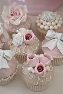 25 delicious wedding cupcakes ideas we love deer pearl flowers
