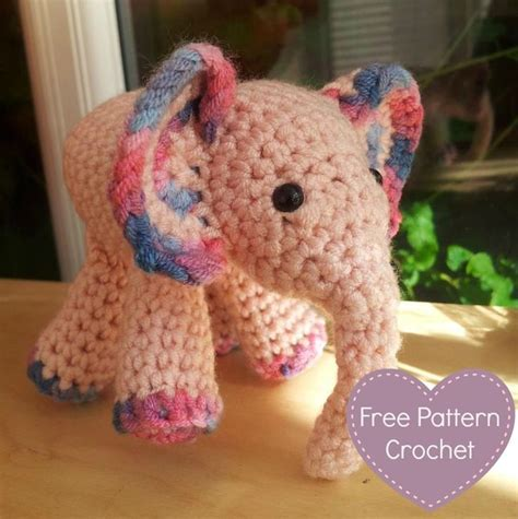 crochet pattern x s and o s 25 best ideas about elephant pattern on pinterest