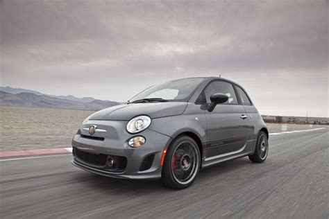 Fiat Abarth 500 by Chrysler Sells Out Of The 2012 Fiat 500 Abarth