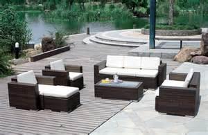 Outdoor wicker patio furniture with dark brown color ideas