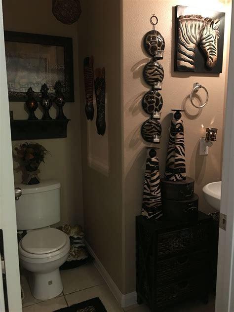 pin  elva napoles  safari bathroom pinterest