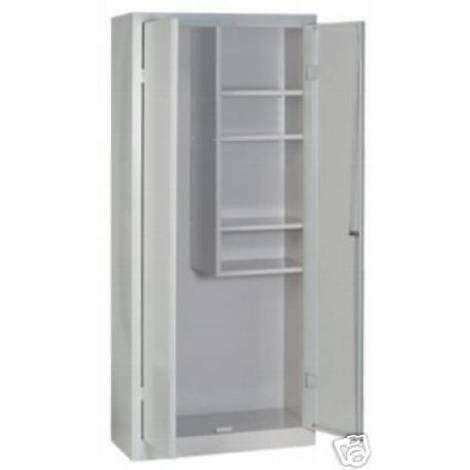 armadio ufficio con chiave armadio ufficio con chiave armadio ufficio con ante