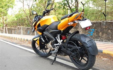 pulsar 200ns hd wallpaper for pc bajaj pulsar 200ns hd wallpapers pictures images and
