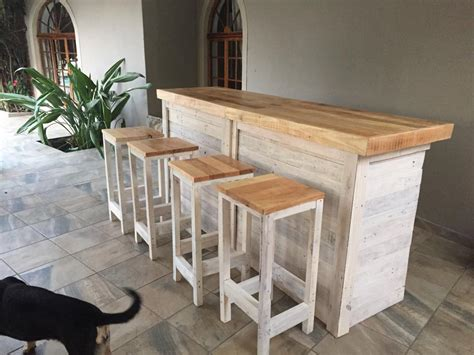 Bar Stools For Kitchen Island by Bar Counter With Stools From Pallet Wood Pallet Ideas