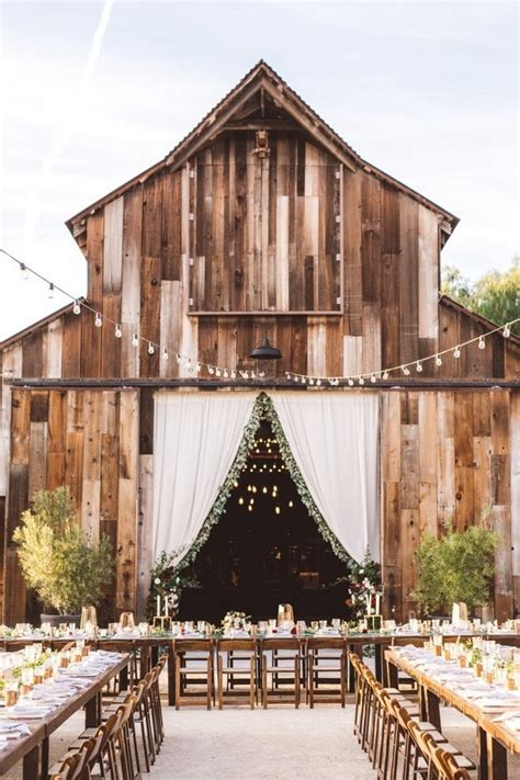 18 country rustic barn wedding decoration ideas oh best day