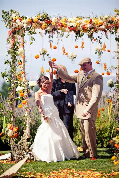 Wedding Arch Pictures by Memorable Wedding Wedding Arches With Flowers To Delight