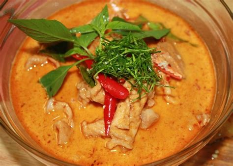 panang curry with chicken recipe dishmaps