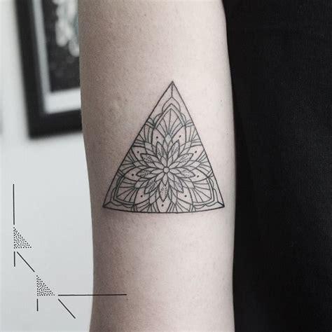 tattoo infinity triangle 1000 ideas about triangle tattoos on pinterest tattoos