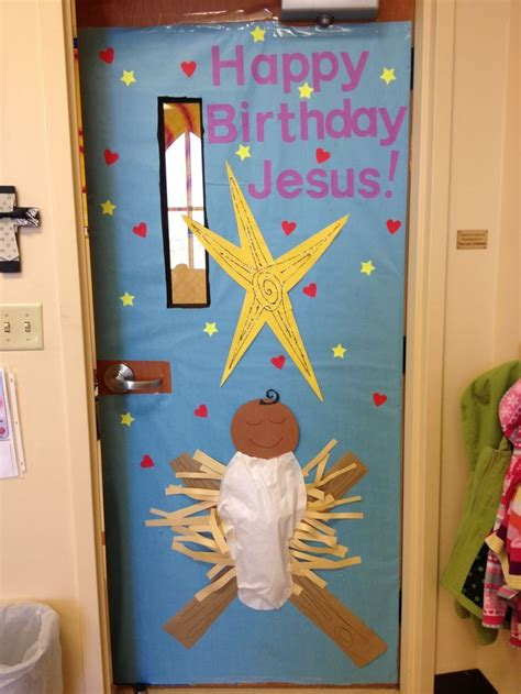 christmas class door decor decorating your classroom door for billingsblessingbags org
