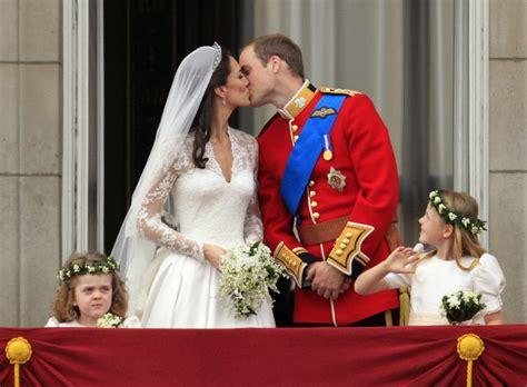 Hochzeit 900 Millionen by Hochzeit Kate Und William Der Lang Ersehnte Kuss