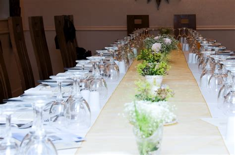 a vintage look for your wedding table forty plus