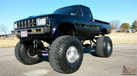 toyota truck lifted 1980 toyota hilux lifted www pixshark com images