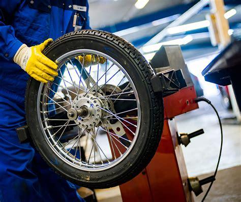 Motorrad Reifen Service by Auswuchten Von Autoreifen Darum Ist Es Ein Muss