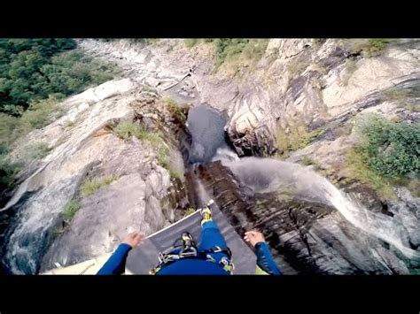 highest cliff dive new world record highest cliff diving jump interestingg