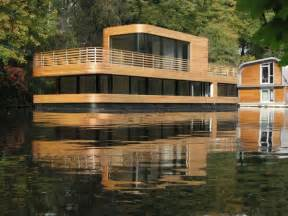mind blowing houseboat living in the middle of hamburg