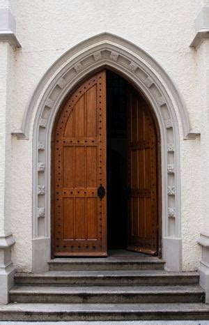 san paolo aperta sabato le parrocchie sempre aperte famiglia cristiana