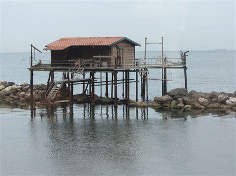 stilt house file quot 12 italy stilt house sea jpg wikimedia commons