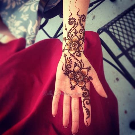 henna tattoos ypsilanti mi new henna design on the palm from the finger past the