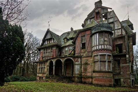 old mansions creepy old mansion www imgkid com the image kid has it