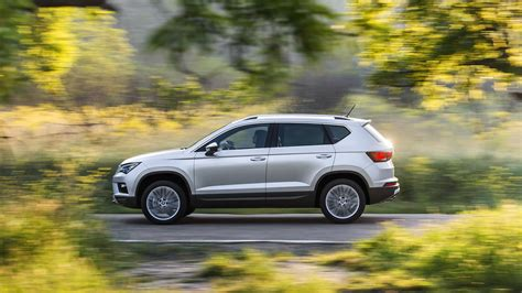 seat ateca xcellence seat ateca 1 4 tsi xcellence 2016 review car magazine