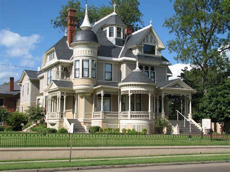 new houses that look like old houses pillow thompson house helena arkansas joseph flickr