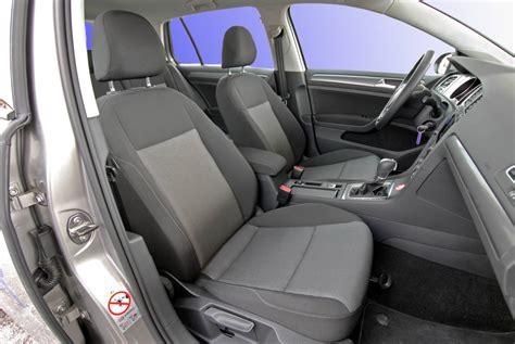 nettoyer siege voiture bicarbonate nettoyant fauteuils de voitures