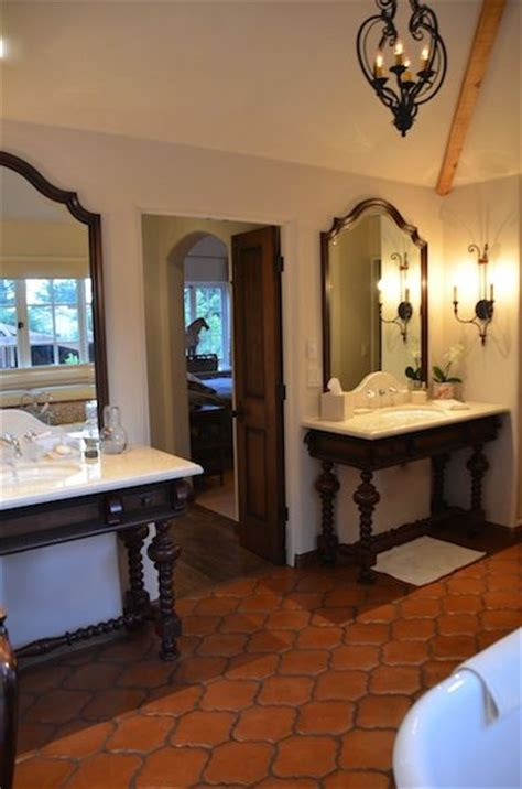 spanish bathrooms best 25 spanish style bathrooms ideas only on pinterest