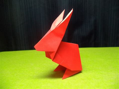 Origami Easter - how to fold an origami easter bunny