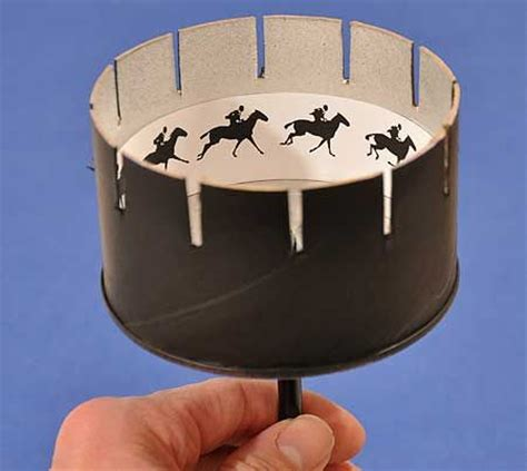 printable zoetrope zoetrope cut out fold up a faire avec les enfants