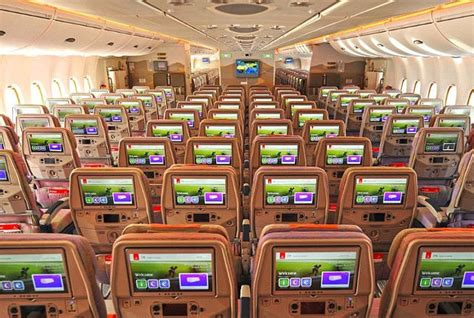 best airline flights here are the world s 10 best airlines