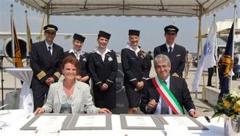 easyjet sede legale italia costituita lufthansa italia spa quinto a319 a malpensa