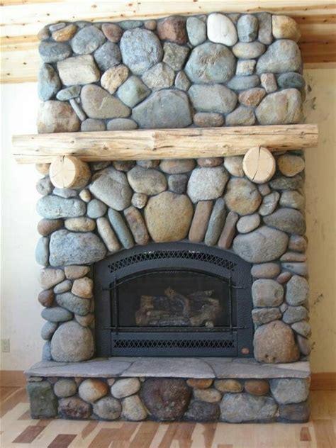 river rock fireplace design best 25 river rock fireplaces ideas on for fireplace fireplace hearth