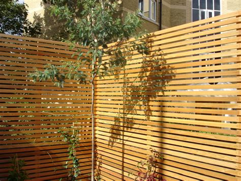 Garden Trellis To Offer Privacy For Walls Or A Fence Lo Garden Wall Security