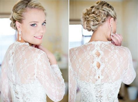 Wedding Updo With Veil On Top by 17 Jaw Dropping Wedding Updos Bridal Hairstyles