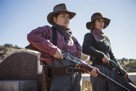 godless review a great cast carries netflix s western