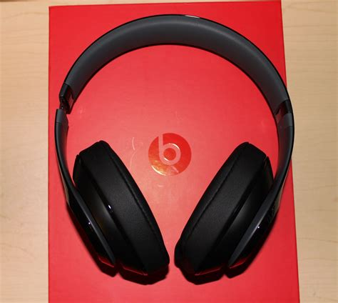 beats pill review cnet product reviews and prices beats by dre review 196 lypuhelimen k 228 ytt 246 ulkomailla